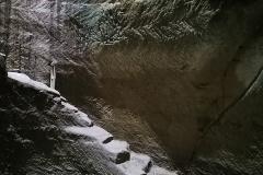 Water-cistern-cave-Tel-Maresha