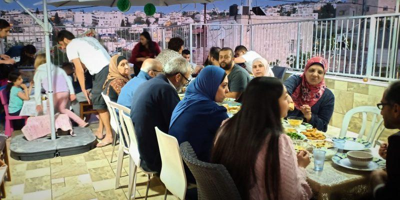 Blog post photo podcast iftar Ramadan